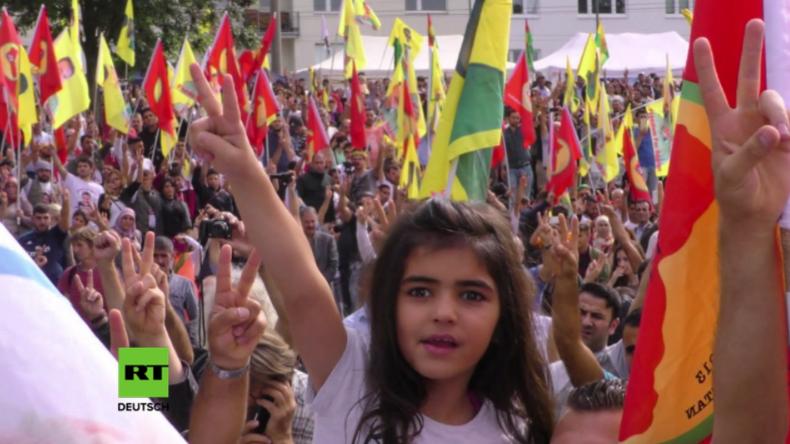Köln: Tausende Kurden protestieren gegen türkische Intervention in Syrien