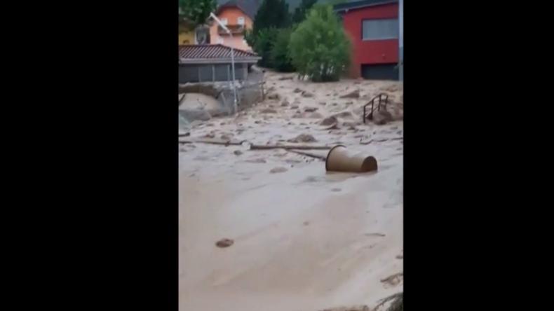 Erneutes Unwetter in Österreich: Schlammlawine verwüstet ganzen Ortsteil