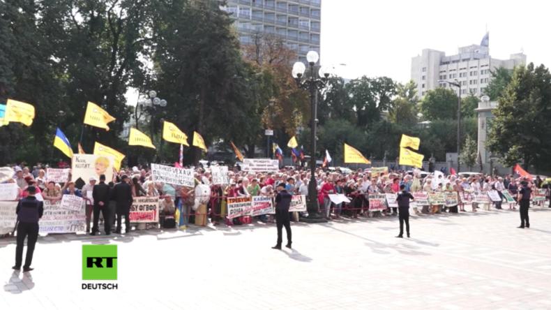Kiew: Tausende protestieren gegen Poroschenkos Politik