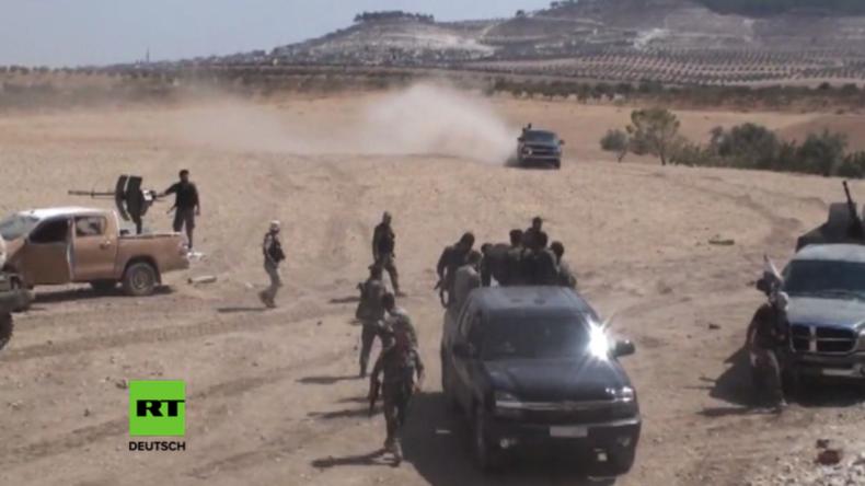 Syrien: SAA rückt in Hama vor – Kämpfer von FSA und Jund Al Aqsa nur wenige Kilometer entfernt