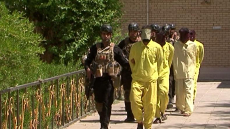 Attentat im Irak vereitelt: Mehrere IS-Kämpfer mit Sprengstoff und Waffen verhaftet