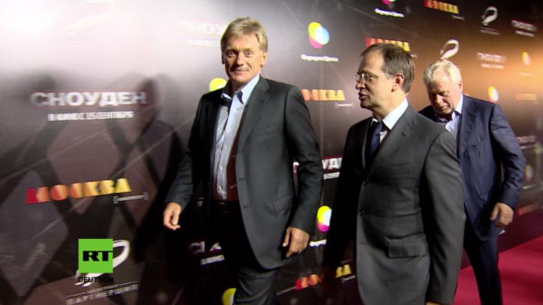 Putins Pressesprecher und Kulturminister besuchen Premiere des Oliver-Stone-Films über Snowden