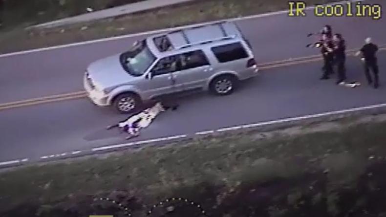 """""""Er wartete nach Wagenpanne auf Hilfe"""" - US-Polizei erschießt wieder unbewaffneten Afroamerikaner"""