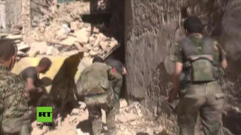 """Aleppo: Schwerer Rückschlag für """"Rebellen"""" - Syrisch Arabische Armee erobert ganzen Stadtteil zurück"""