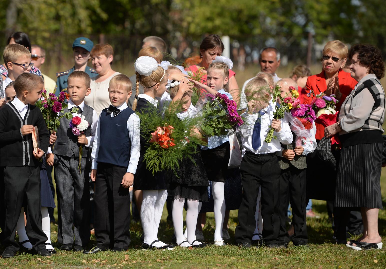 Abc-Schützen im Dorf Kalinowo im Gebiet Jekaterinburg