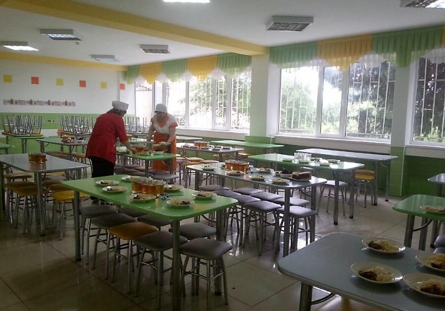 Brav und fleißig in der Schule? - Austauschschülerin berichtet RT von ihrem Leben in Russland