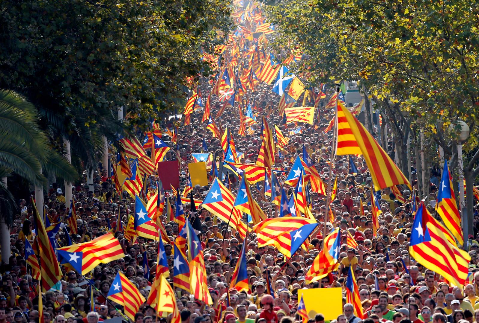 Katalonien: Bürger der künftigen Republik bekommen neue Personalausweise