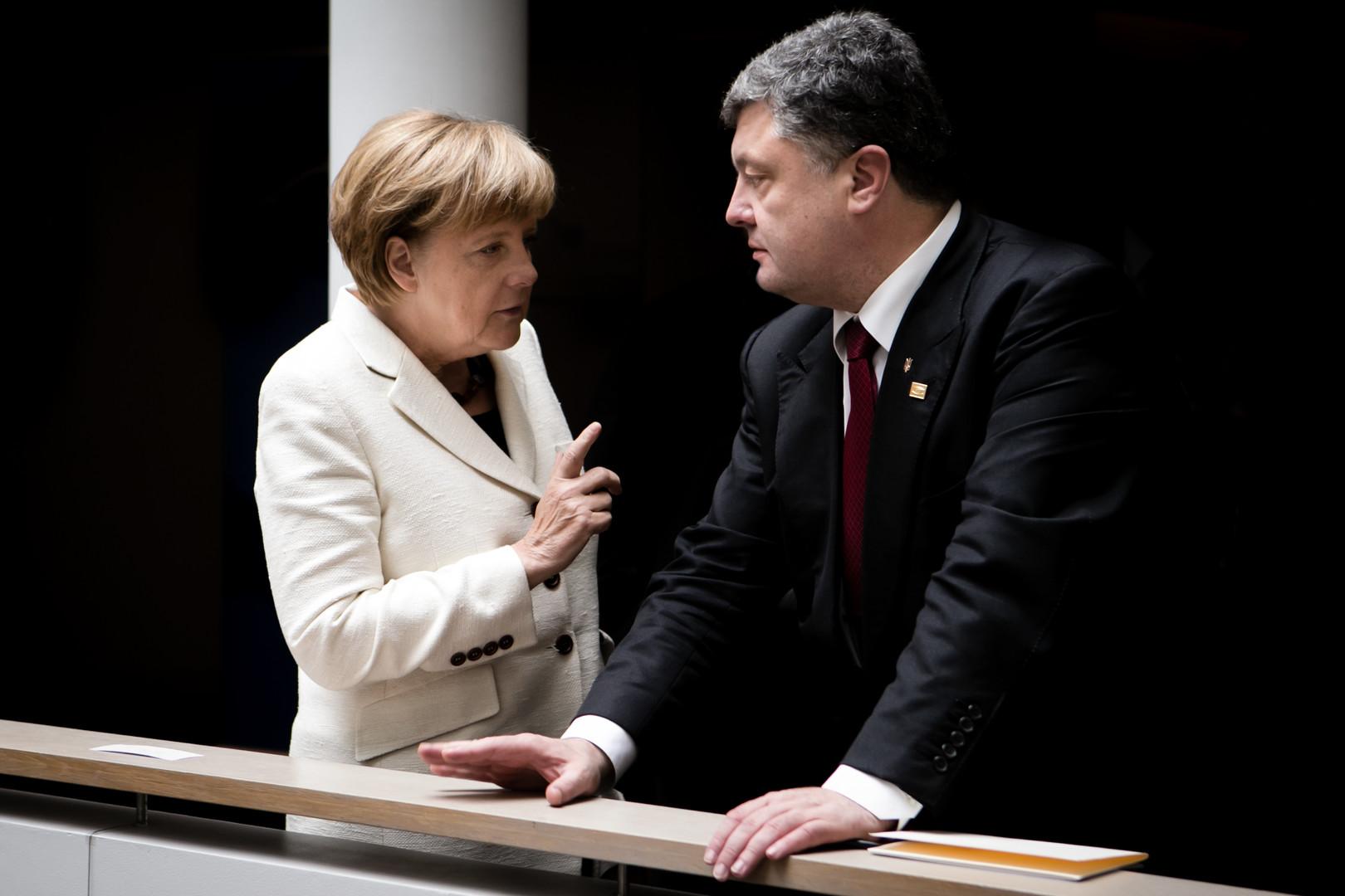 Präsident Poroschenko und Kanzlerin Merkel in Brussel am 30.08.2014.
