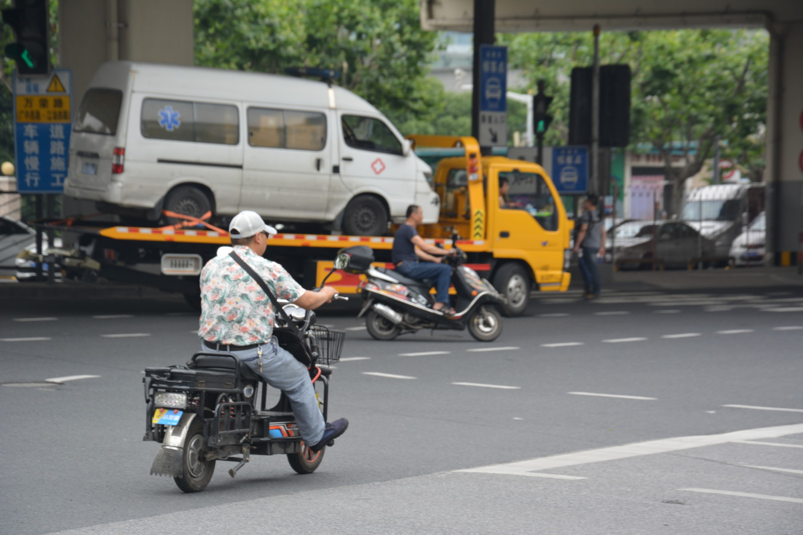 Die kreative Umgehung von Zugangsbeschränkungen auf chinesischen Straßen