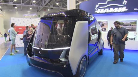 Der Kleinbus ist auf der Moskauer Automesse vorgestellt worden.