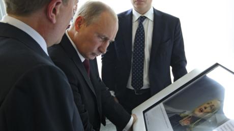 Hillary Clinton fühlt sich zunehmend von Wladimir Putin verfolgt.