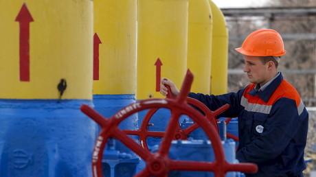 Die Entwicklungen auf dem Energiemarkt und politische Spannungen machen Europa zu einem instabileren Markt für russisches Erdgas. Aus diesem Grund will die Gazprom ihre Geschäftsbeziehungen nach China mit noch höherem Tempo forcieren.