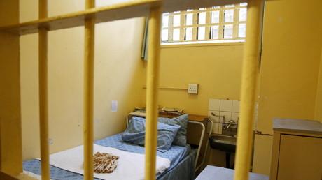 Sie sehen sich selbst in der Tradition früherer Dissidenten. Bislang drohte hartnäckigen GEZ-Verweigerern in letzter Konsequenz sogar tatsächlich Gefängnis. Damit soll nun Schluss sein.
