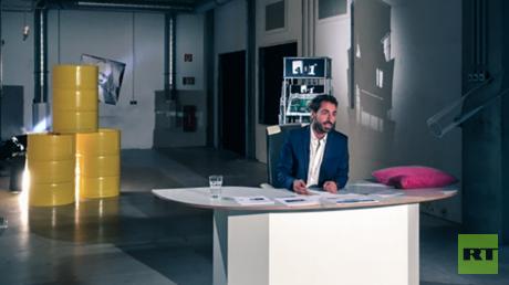 Neu in der RT-Familie: Reza Abadi moderiert künftig die neue medienkritische Show 451°