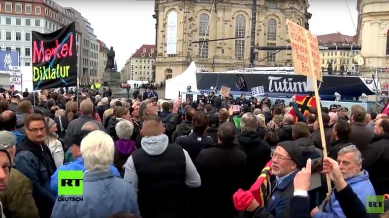 Spießrutenlauf für Merkel und Gauck bei der Einheitsfeier in Dresden