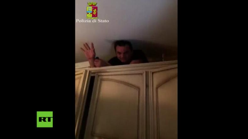 Italien: Polizei entdeckt Top-Mafia-Boss in geheimen Raum in seinem Wohnhaus