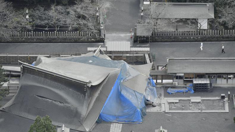 27.000 Familien bleiben nach Vulkanausbruch in Japan ohne Strom