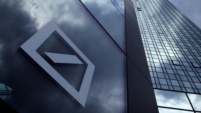 Analysten zu Wirtschaftskrieg mit den USA: Zerbricht die Deutsche Bank, zerfällt die EU
