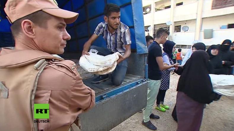 Syrien: Russisches Militär lässt Tausende Brote für Bewohner Aleppos backen
