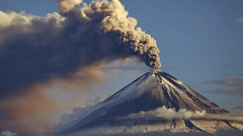 Halbinsel Kamtschatka: Vulkan Schiwelutsch stößt sieben Kilometer hohe Rauchsäule aus