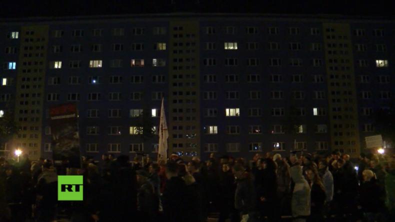 Chemnitz: Nach Sprengstofffund bei Flüchtling protestieren Hunderte gegen Flüchtlingspolitik