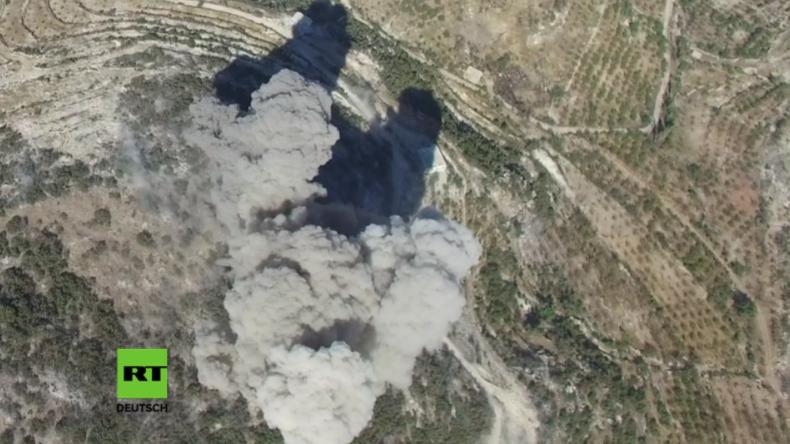 Syrien: Drohne filmt Luftangriffe im Norden Latakias gegen al-Nusra Front