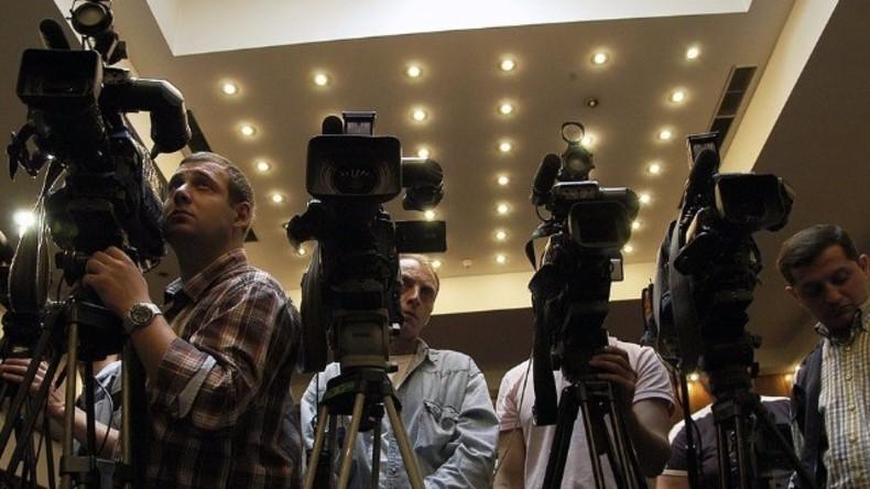 Live: Justizministerium gibt Pressekonferenz zu Chemnitzer Terrorverdächtigen und seinen Selbstmord