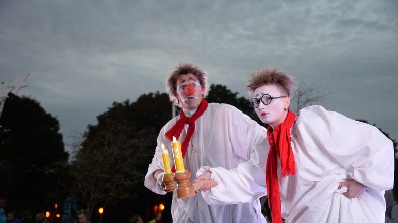 """Russische Botschaft in Großbritannien warnt vor """"Grusel-Clowns"""""""