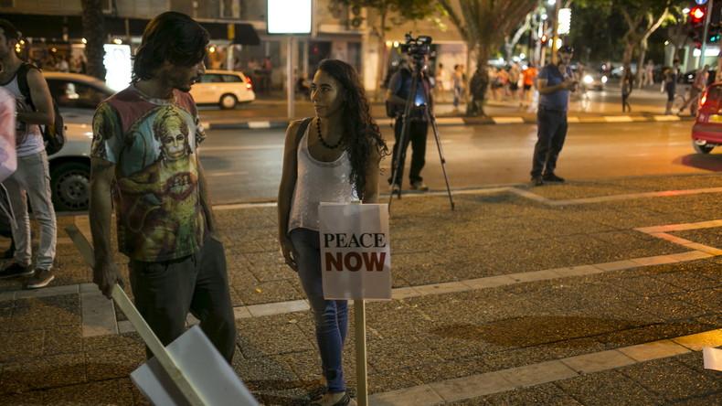 Aufmarsch der letzten Idealisten – Friedensmarsch von Frauen aller Konfessionen durch Israel