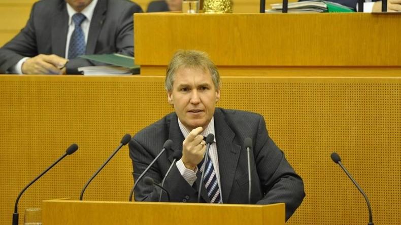 Baden-Württemberg: Vorsitzender von CDU-Nürtingen mit 102,4 Prozent der Stimmen wiedergewählt