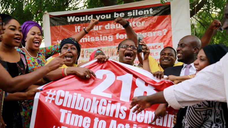 Boko Haram lässt 21 entführte Schülerinnen frei