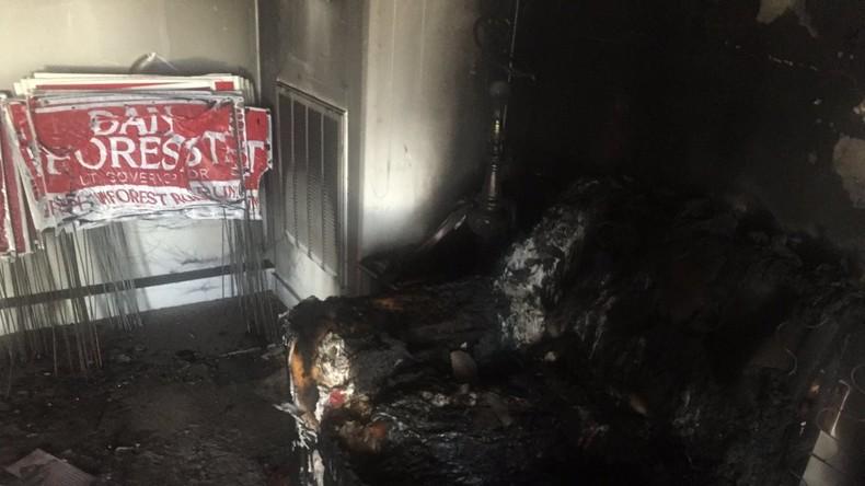 Trump wirft Clintons Anhängern Brandanschlag auf Büro der Republikaner vor