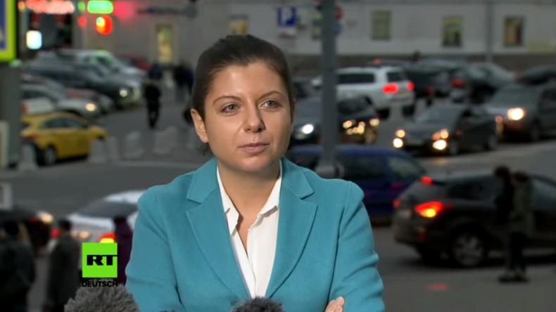 """""""Sie wollen uns den Mund stopfen"""" – RT-Chefredakteurin kommentiert Kündigung von RT Konten in GB"""
