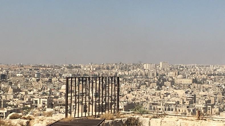 Russische und syrische Luftstreitkräfte stellen Luftangriffe in Aleppo vorübergehend ein