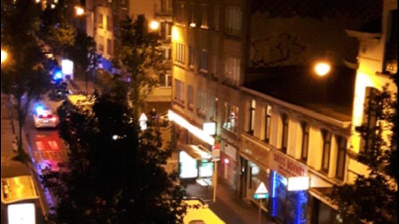 Brüssel: Geiselnahme im Supermarkt - mindestens 15 Menschen in Gefangenschaft