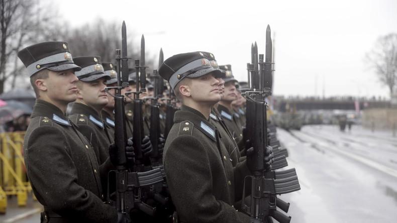 Lettlands Nationalgarde erschreckt Einwohner von Salaspils