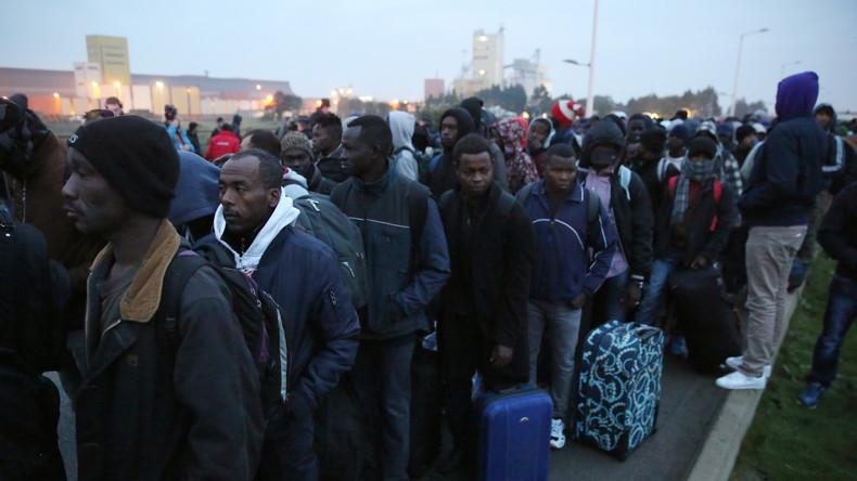 """Umsiedlung der """"Dschungel""""-Bewohner spaltet Frankreich"""