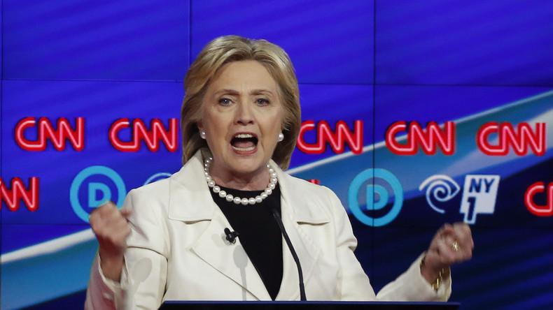 Transparenz: Geschäftliche Beziehungen von Hillary Clinton geschwärzt