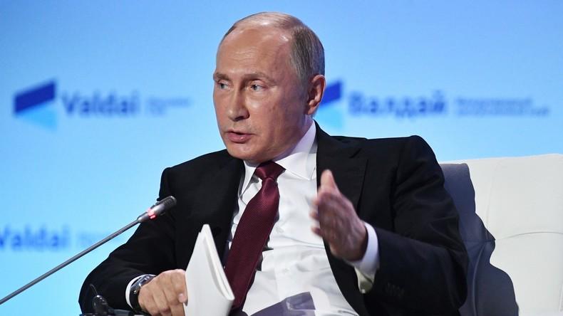 """Wladimir Putin: """"Terroristen werden immer noch trainiert und ausgerüstet"""""""