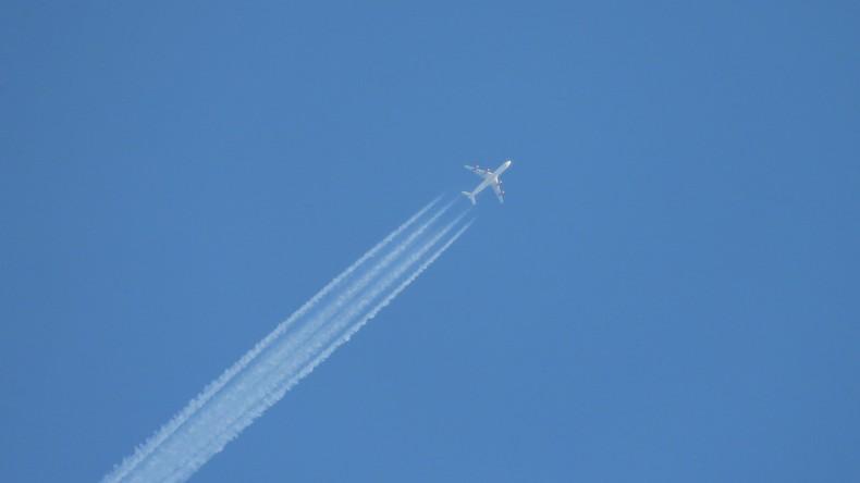 Myanmar: Unbekanntes Flugzeug ins Meer gestürzt