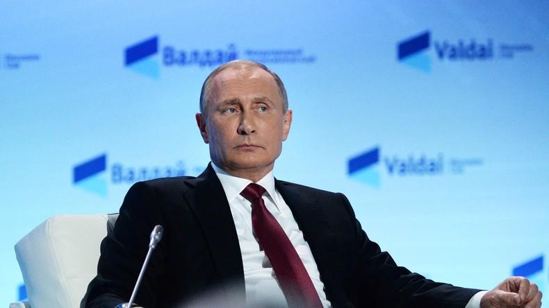 Putin: Die Menschen sind wütend, weil Politiker der Elite dienen und nicht den Interessen des Volkes