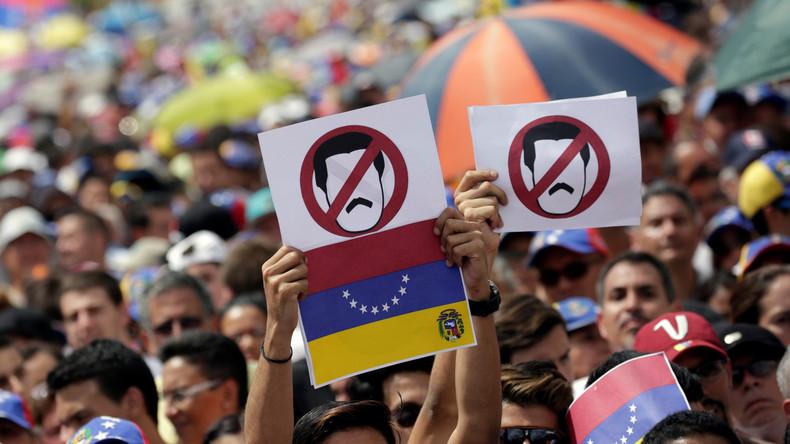 Venezuela: Maduro kauft sich von Protesten frei