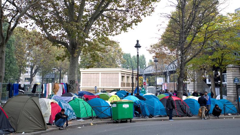Hollande: Alle Flüchtlingslager in Frankreich werden aufgelöst