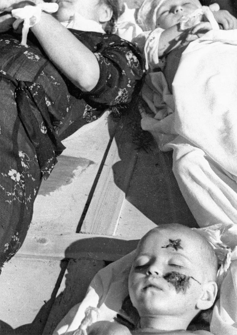 Am 22. Januar 1944 töteten die Freischärler der Ukrainischen Aufstandsarmee eine Frau mit ihren zwei Kindern im Dorf Buschtsche in der West-Ukraine.