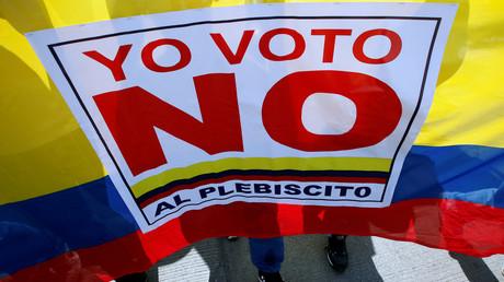 Die Bevölkerung Kolumbiens zeigt sich in Anbetracht des Friedensabkommens zwischen FARC-Rebellen und der Regierung in Bogotà höchst gespalten.