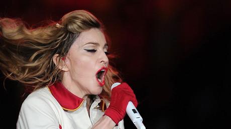 Madonna verspricht allen Clinton-Wählern Oralsex