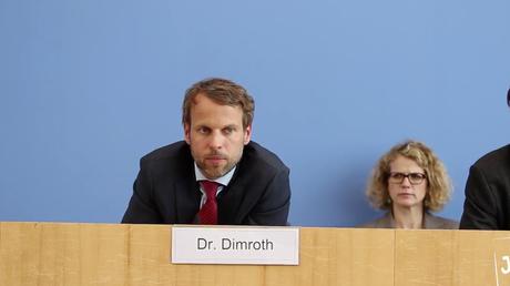 Über 30 türkische Diplomaten suchen Asyl in Deutschland