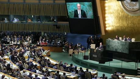 Russlands Präsident Wladimir Putin spricht in der Generalversammlung der Vereinten Nationen.