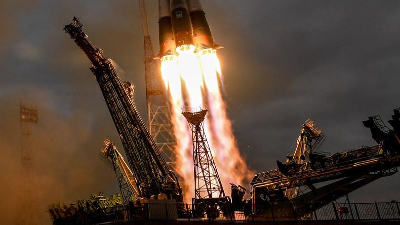 BRICS bauen Weltraumkooperation aus: China will russische Raketentriebwerke kaufen
