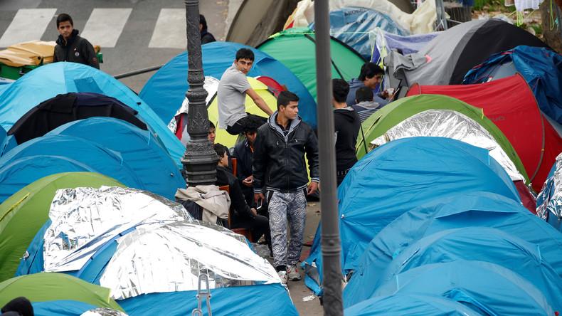 Mehrfach geräumt, trotzdem noch da: Flüchtlingscamp mitten in Paris